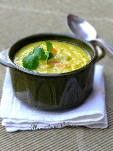 Soupe de lentilles rouges au curry et curcuma